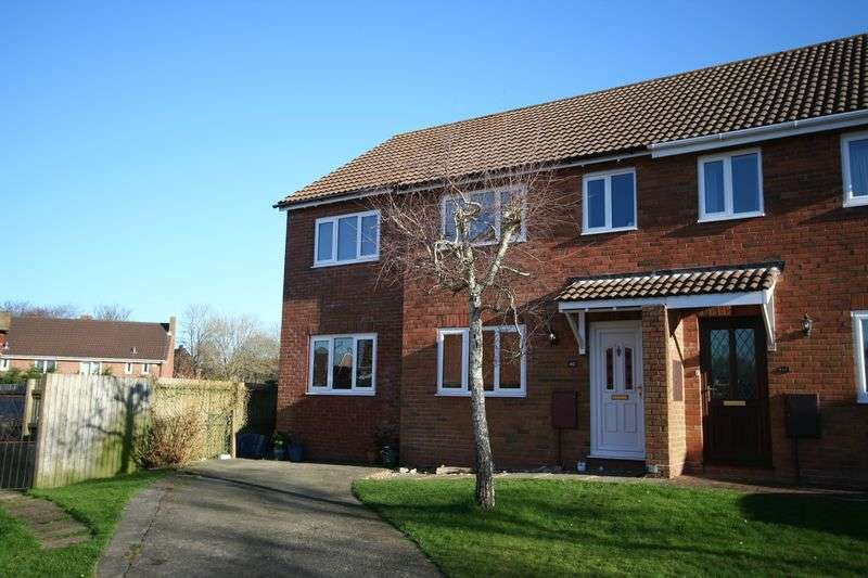 4 Bedrooms Semi Detached House for sale in Church Meadow, Llantwit Major