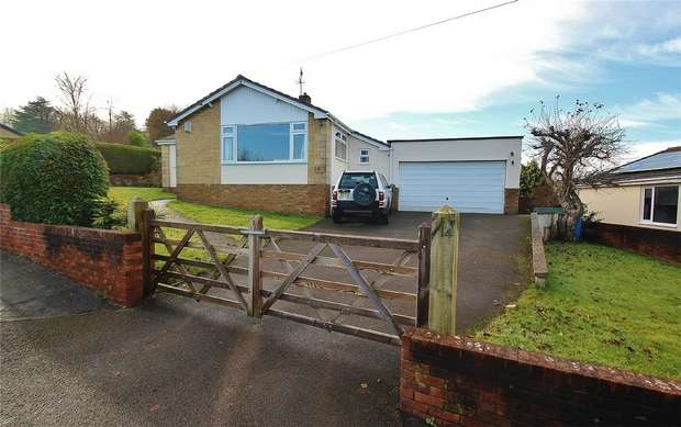 3 Bedrooms Detached Bungalow for sale in Anchor Way, Pill, North Somerset