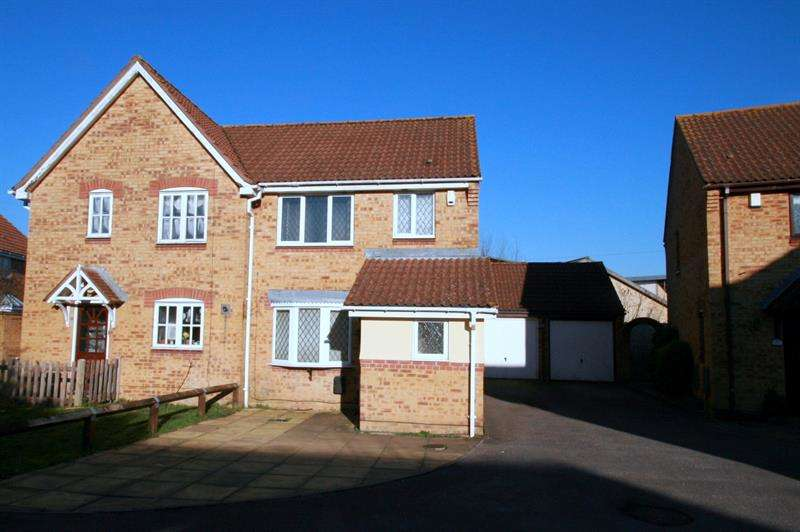 3 Bedrooms Semi Detached House for sale in Old Copse Road, Havant