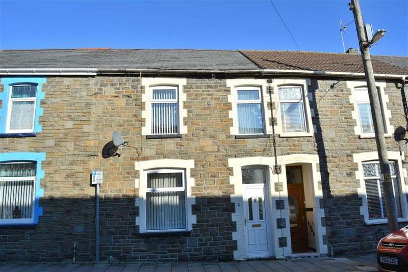 4 Bedrooms Property for sale in Herbert Street, Abercynon, Rhondda Cynon Taff