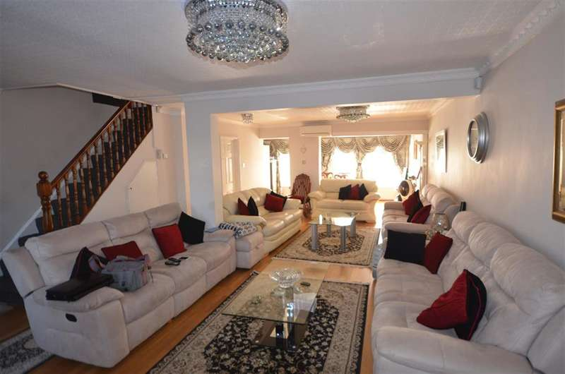6 Bedrooms End Of Terrace House for sale in Leaver Gardens, UB6 8EW