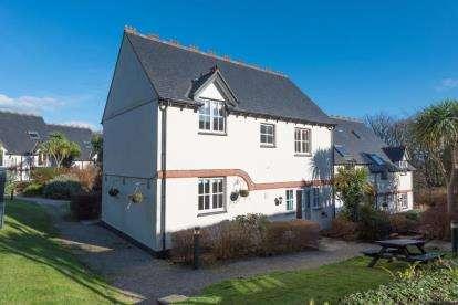 4 Bedrooms Cottage House for sale in Tregenna Castle, St Ives