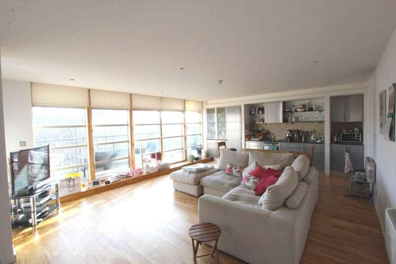 2 Bedrooms Duplex Flat for rent in Duke Street, Manchester