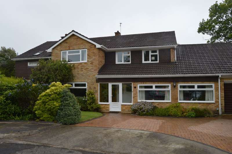 5 Bedrooms Detached House for rent in The Coppins, Lisvane