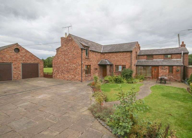 5 Bedrooms Detached House for sale in High Street, Clotton, Cheshire