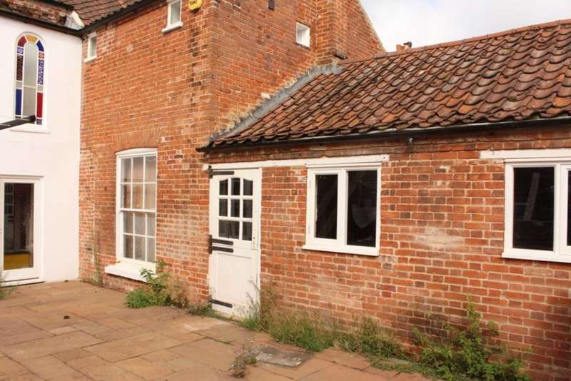 2 Bedrooms Apartment Flat for sale in Westgate House, London Street, Swaffham