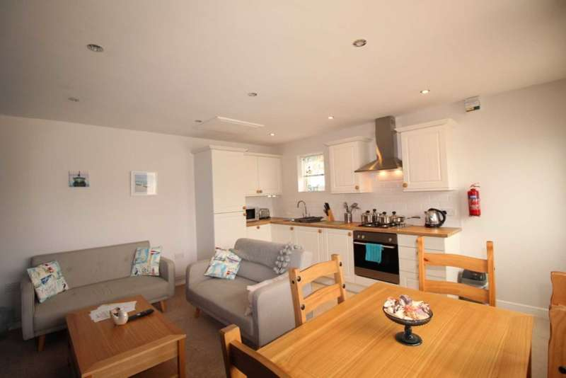 2 Bedrooms Bungalow for sale in Mundesley Holiday Village