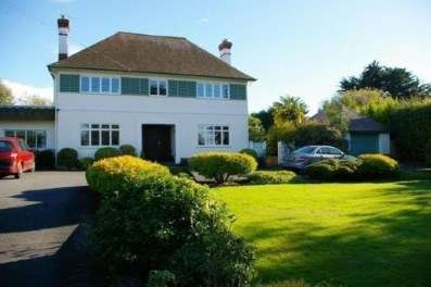 5 Bedrooms Detached House for sale in Wootton Bridge, Ryde, Isle Of Wight