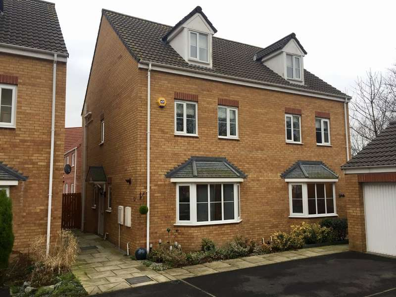 4 Bedrooms Semi Detached House for sale in Springfield Close, Lofthouse, Wakefield