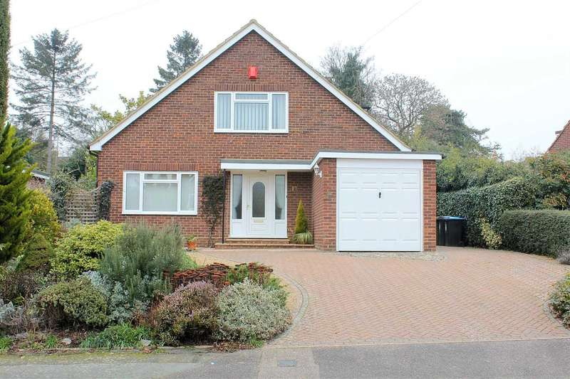 4 Bedrooms Detached House for sale in SPACIOUS AND WELL PRESENTED 4 BEDROOM DETACHED in Moorland Road, BOXMOOR