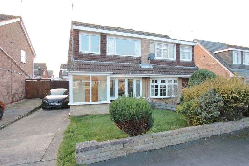 3 Bedrooms Semi Detached House for sale in Min Y Morfa, Prestatyn