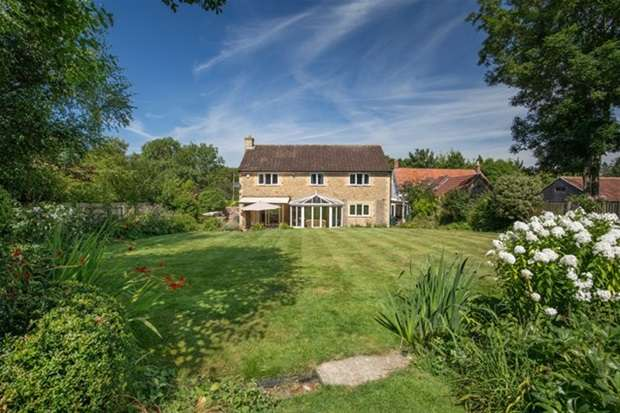 4 Bedrooms Detached House for sale in Clanville, Castle Cary