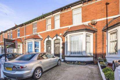 5 Bedrooms Terraced House for sale in Clevedon Road, Blackpool, Lancashire, ., FY1