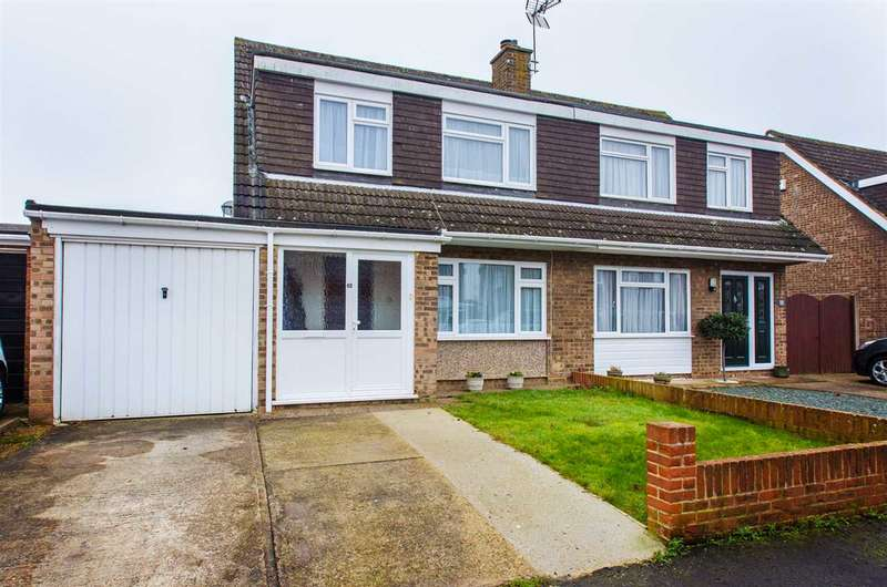 3 Bedrooms Semi Detached House for sale in Berkeley Court, Sittingbourne
