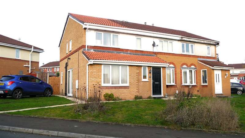 6 Bedrooms Semi Detached House for sale in Grand Union Way, Eccles