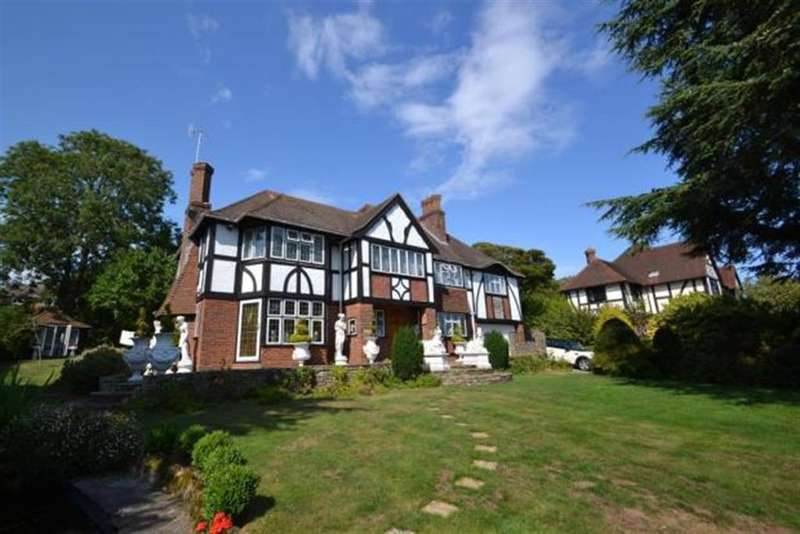 4 Bedrooms Detached House for sale in Fourth Avenue,, Worthing, BN149NY