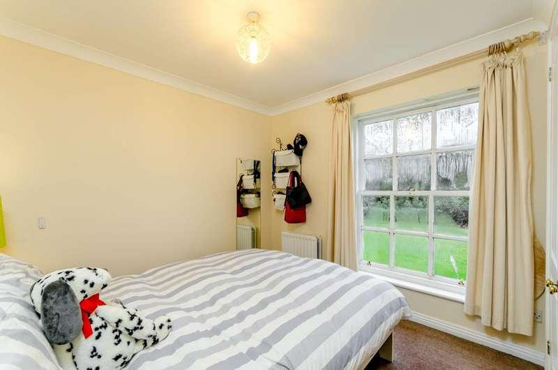 1 Bedroom Flat for sale in Merton Road, Wandsworth, SW18
