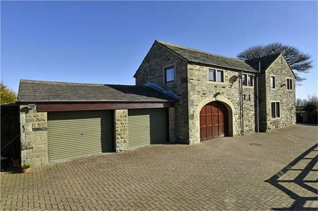 4 Bedrooms Cottage House for sale in Lenacre Lane, Emley Moor, HUDDERSFIELD, West Yorkshire