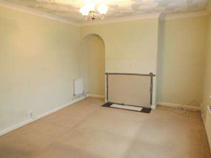 3 Bedrooms Semi Detached House for sale in Salisbury, Wiltshire