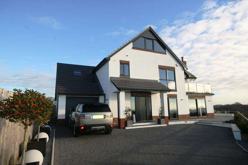 4 Bedrooms Detached House for sale in Lytchett Matravers, Poole BH16