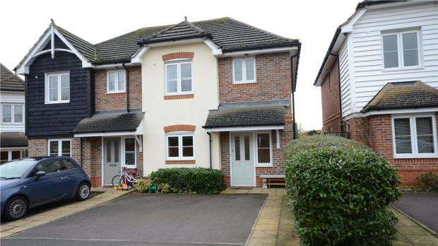 3 Bedrooms Semi Detached House for sale in The Garden Mews, Maidenhead, Berkshire
