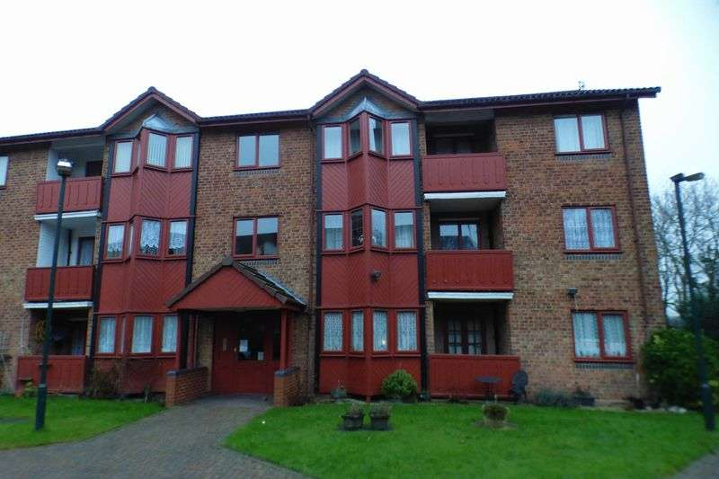 3 Bedrooms Retirement Property for sale in Crofton Gardens, Hodge Hill