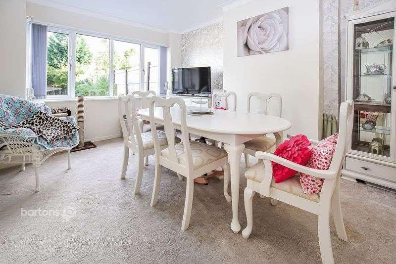 3 Bedrooms Semi Detached House for sale in Herringthorpe Valley Road, Herringthorpe