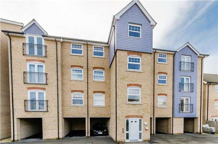 2 Bedrooms Apartment Flat for sale in Dobede Way, Soham, Ely