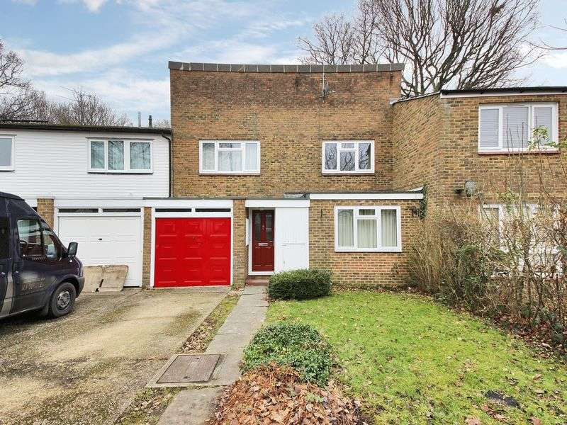 4 Bedrooms Terraced House for sale in Colonsay Road, Broadfield, Crawley, West Sussex