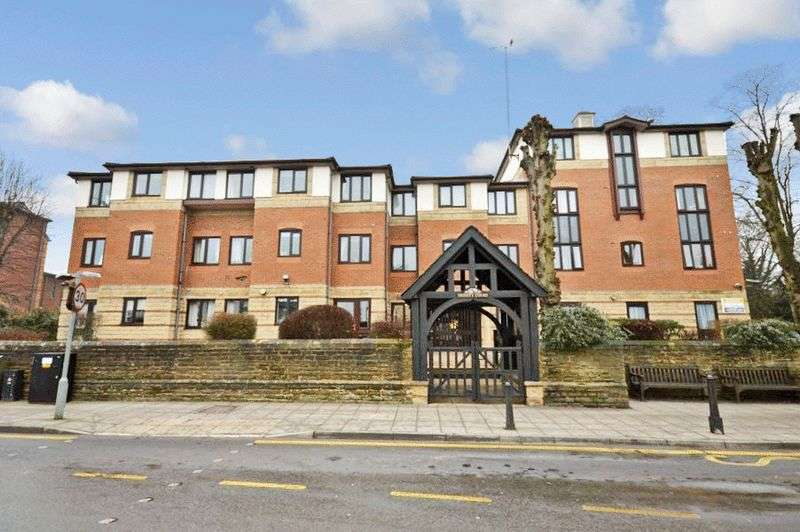 1 Bedroom Retirement Property for sale in Trinity Court (Rugby), Rugby, CV21 3PU