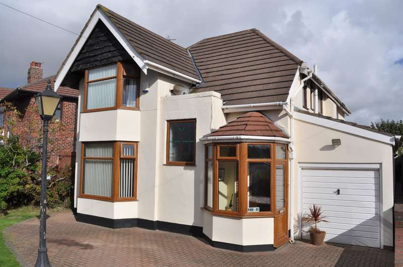 3 Bedrooms Detached House for sale in Haymarket, St Annes, Lancashire, FY8 3LW