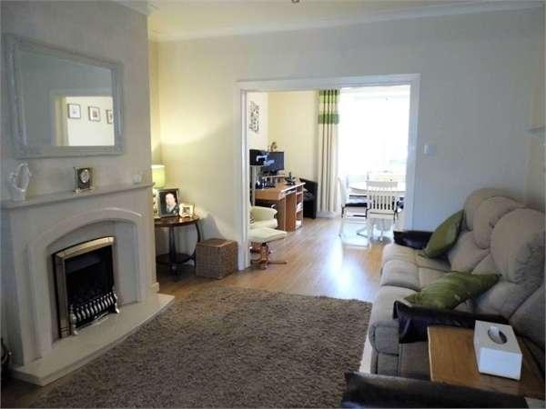 3 Bedrooms Semi Detached House for sale in Litchard Cross, Bridgend, Bridgend, Mid Glamorgan