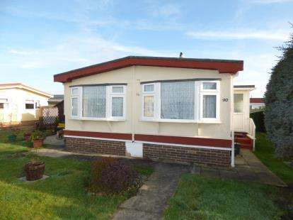 2 Bedrooms Bungalow for sale in Locking, Weston-Super-Mare