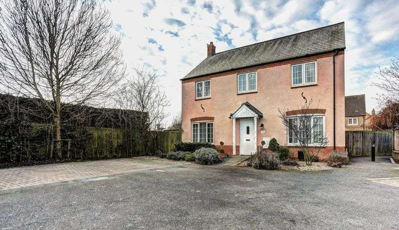 4 Bedrooms Detached House for sale in Highfield Drive, Littleport