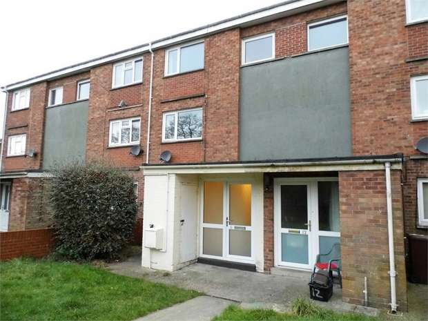 2 Bedrooms Maisonette Flat for sale in Heol Y Bont, Tondu, Bridgend, Mid Glamorgan