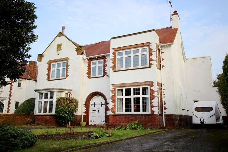 6 Bedrooms Detached House for sale in Hartley Road, Birkdale, Southport