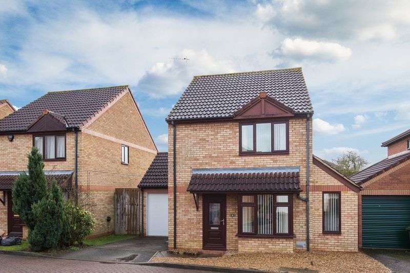 3 Bedrooms Detached House for sale in Lavender Grove, Walnut Tree, Milton Keynes
