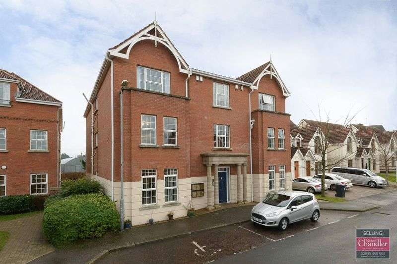 2 Bedrooms Flat for sale in 6C The Demesne, Carryduff, BT8 8GW