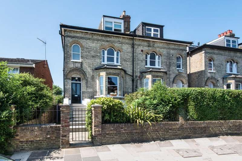 4 Bedrooms Semi Detached House for sale in Stanley Road, Teddington, TW11