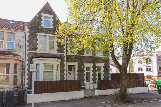 1 Bedroom Flat for rent in Stacey Road, CARDIFF, CF24