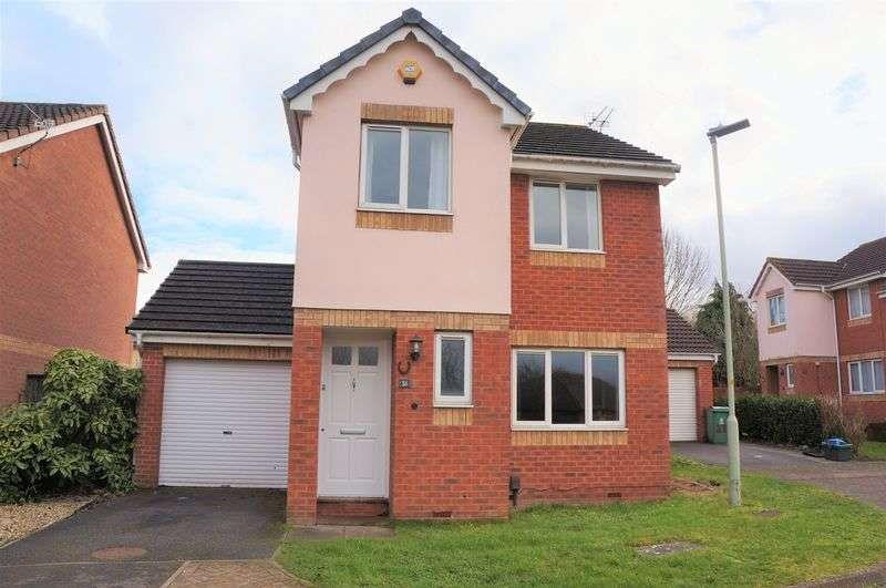 3 Bedrooms Detached House for sale in Northfield Road, Gloucester