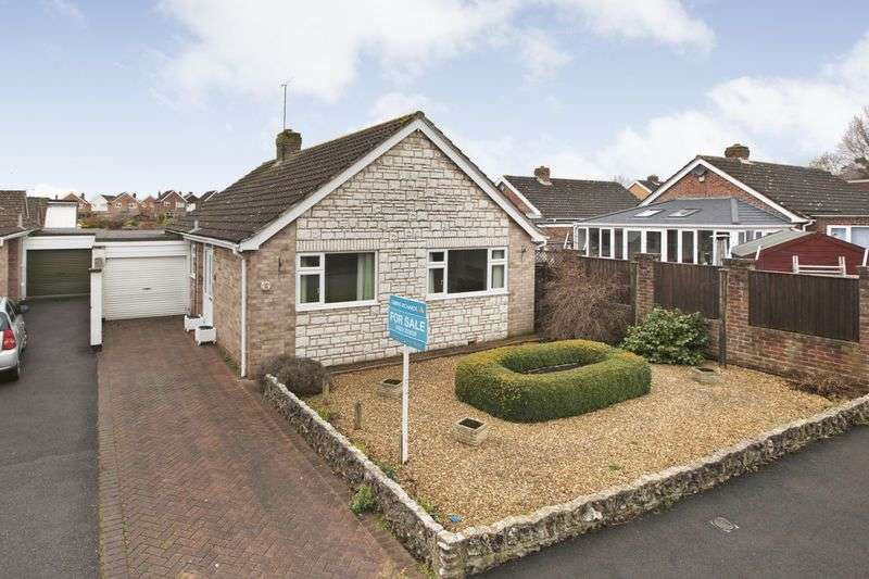 2 Bedrooms Detached Bungalow for sale in GALMINGTON