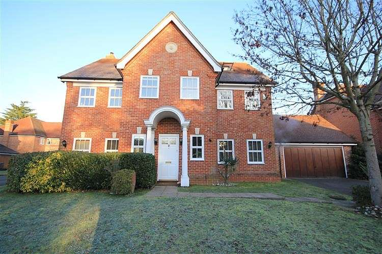 6 Bedrooms Detached House for sale in Copperfields, Caversham, Reading, RG4