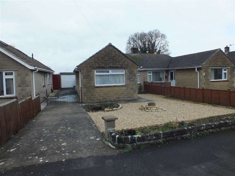 2 Bedrooms Property for sale in Windermere Road, Trowbridge, Wiltshire, BA14