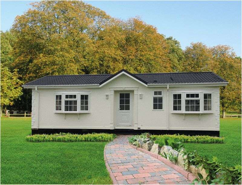 2 Bedrooms Detached Bungalow for sale in Blackhouse Lane, North Boarhunt