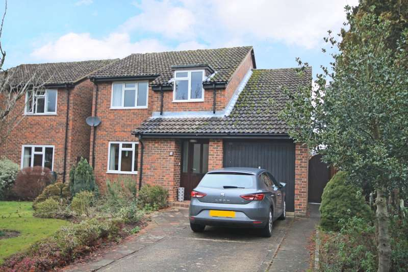 4 Bedrooms Detached House for sale in Dell Lane, Billingshurst, RH14