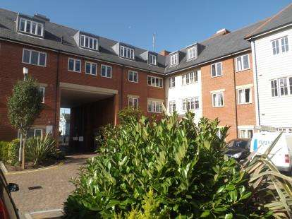 2 Bedrooms Retirement Property for sale in Ongar Road, Brentwood, Essex