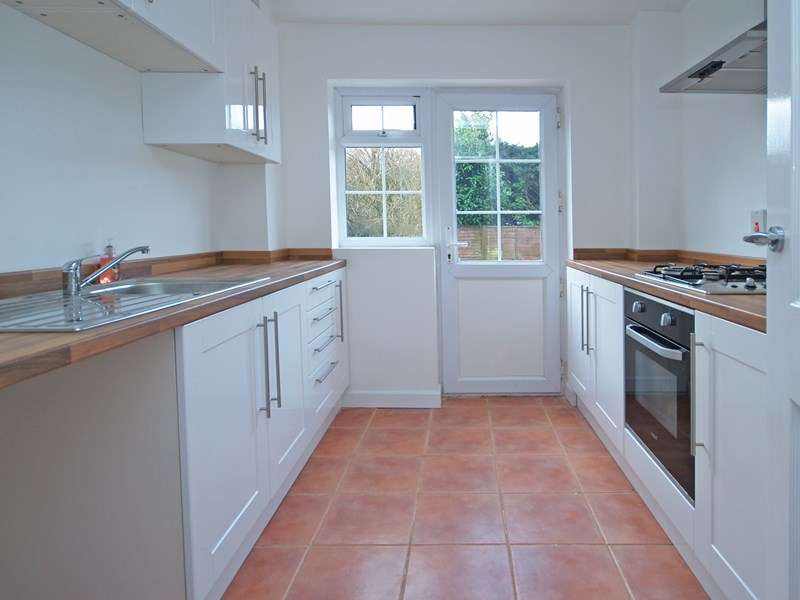 3 Bedrooms Semi Detached House for sale in Plantation Drive, Walkford, Christchurch