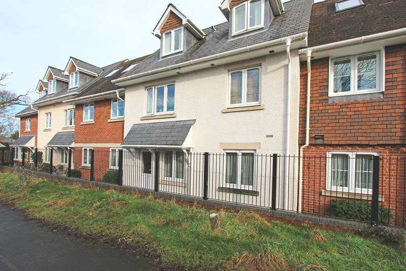 1 Bedroom Retirement Property for sale in Brookley Road, Brockenhurst