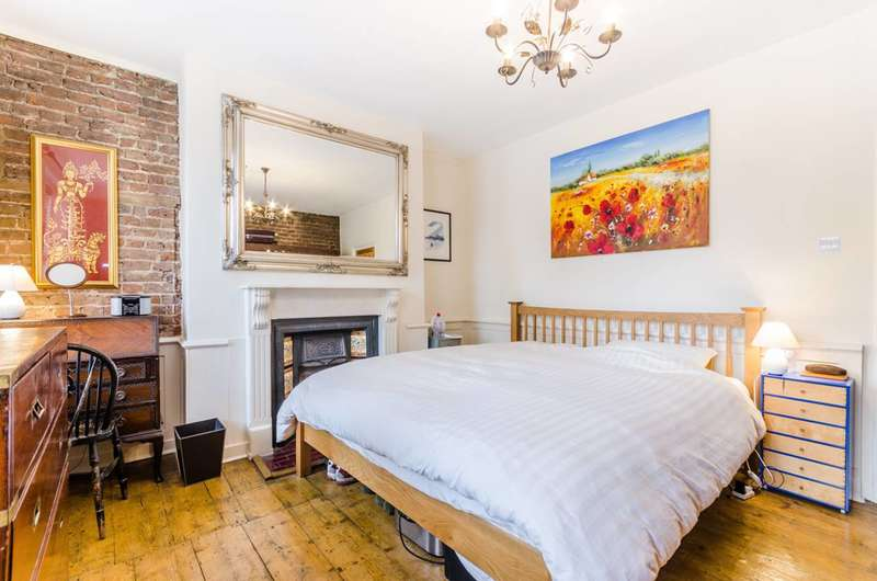 3 Bedrooms Terraced House for sale in Hoxton Street, Hoxton, N1